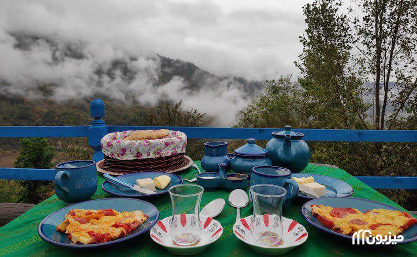 ابرهای ساسنگ و صبحانه پاییزی