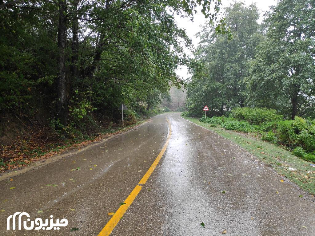 جاده منتهی به روستای ساسنگ