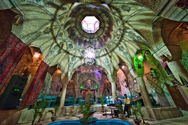 چایخانه (حمام) وکیل، کرمان