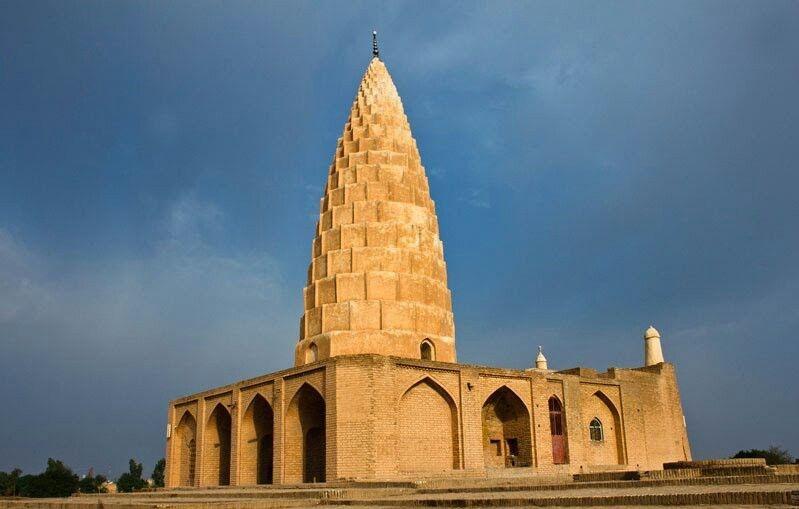 آرامگاه یعقوب لیث صفاری، در دزفول