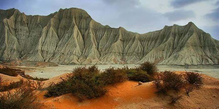 کوههای مریخی در درک چابهار