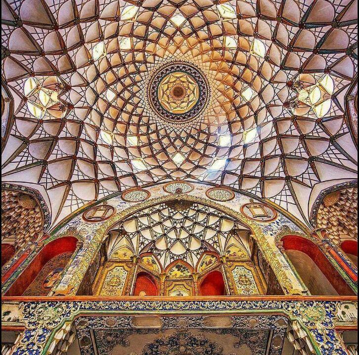 خانۀ بروجردیها دوران قاجار