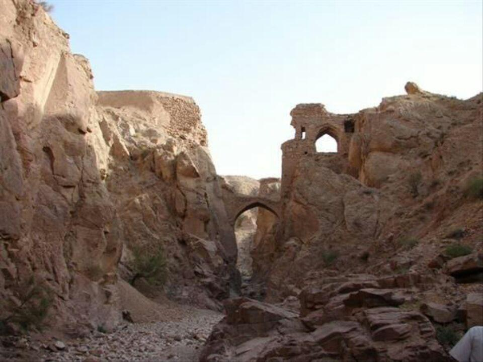 طرح مرمتی پل آب برترناو در خراسان جنوبی