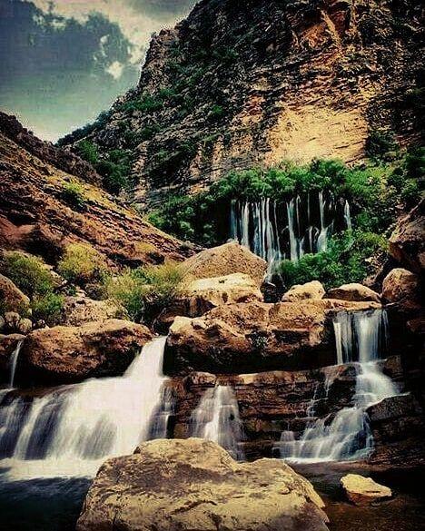آبشار تله زنگ در استان لرستان