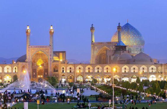 اصفهان؛ میدان نقش جهان و بناهای تاریخی اطراف آن
