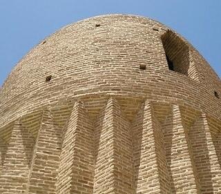 برج مقبره در کردان