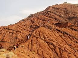 خاک سرخ در کوهسرخ