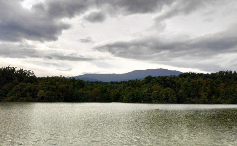 دریاچه الیمالات، زیبای خفته در جنگل