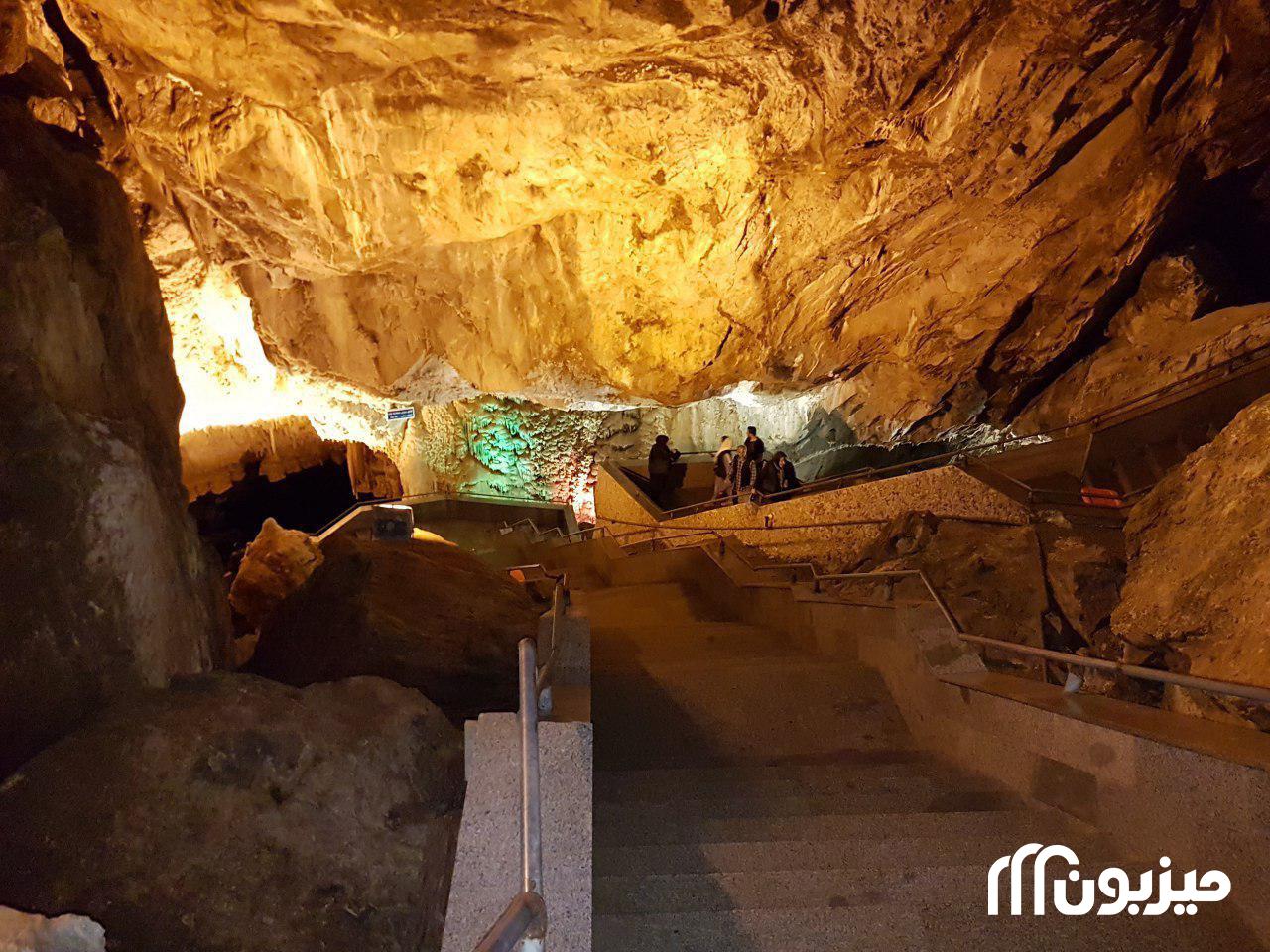 مسیر پیادهروی درون غار علیصدر