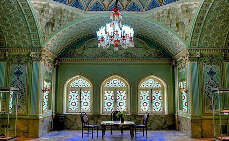 عمارت قصر و آینه، موزه آینه و روشنایی