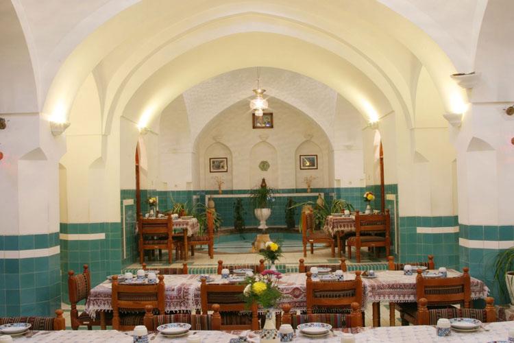 مجموعه بازار و حمام خان در یزد