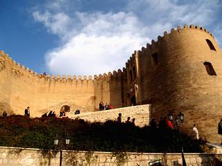 قسمتی از برج و باروی قلعه فلکالافلاک