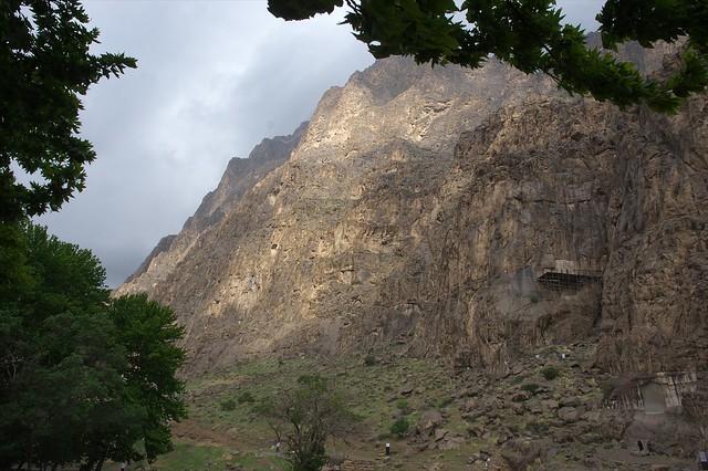 کوه تاریخی بیستون