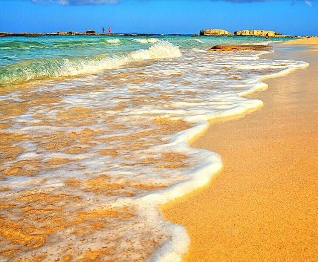 ساحل جزیرۀ هنگام