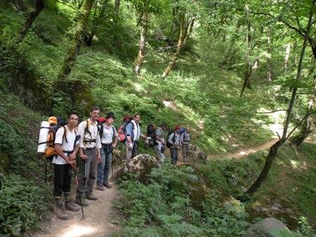 مسیر رسیدن به آبشار لاتون