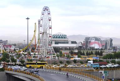 شهربازی سرزمین خورشید در شهر مشهد