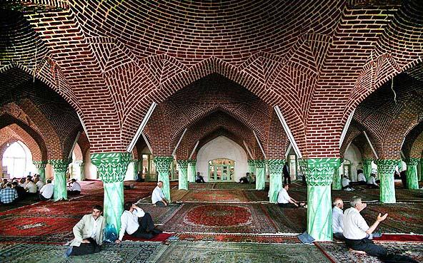 مسجد استاد و شاگرد در شهر تبریز