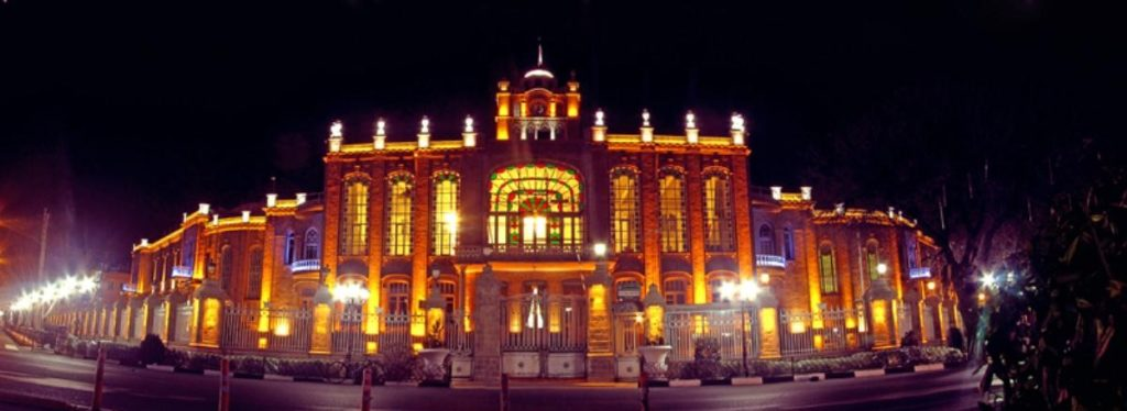 موزه کاخ شهرداری در شهر تبریز