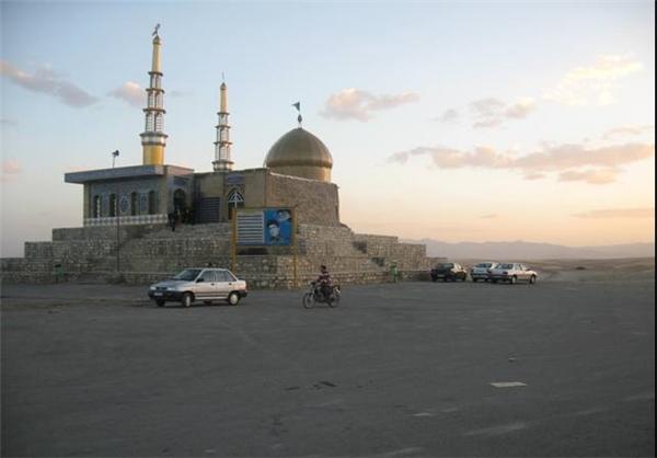 مقبره باباگرگر در روستای باباگرگراز جاذبههای گردشگری دلبران