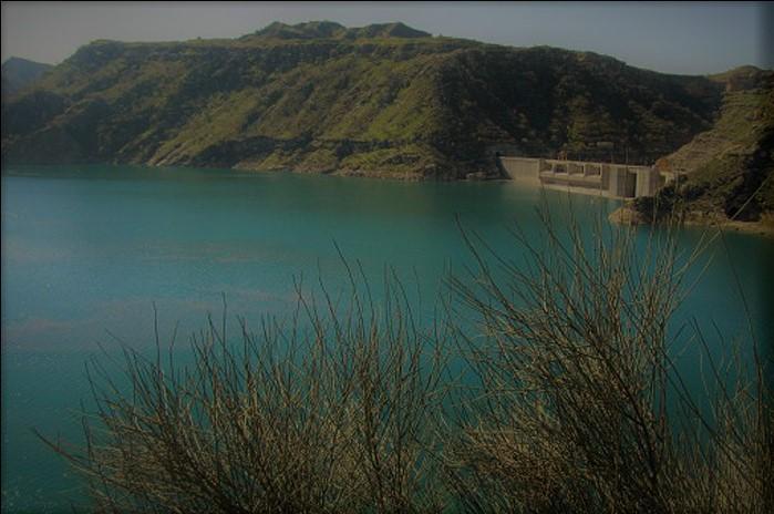آب شیرین در جزیره خارک