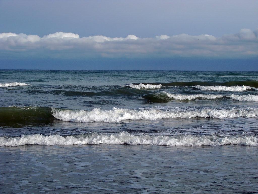 جاذبههای گردشگری محمودآباد ؛ سفر به شهر ساحلی - مجله گردشگری میزبون
