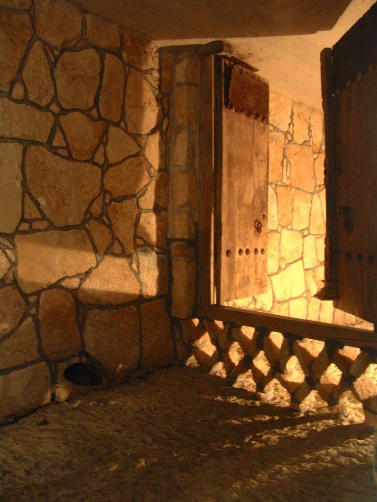 پایاب کیش یادگاری ارزنده از ایران باستان
