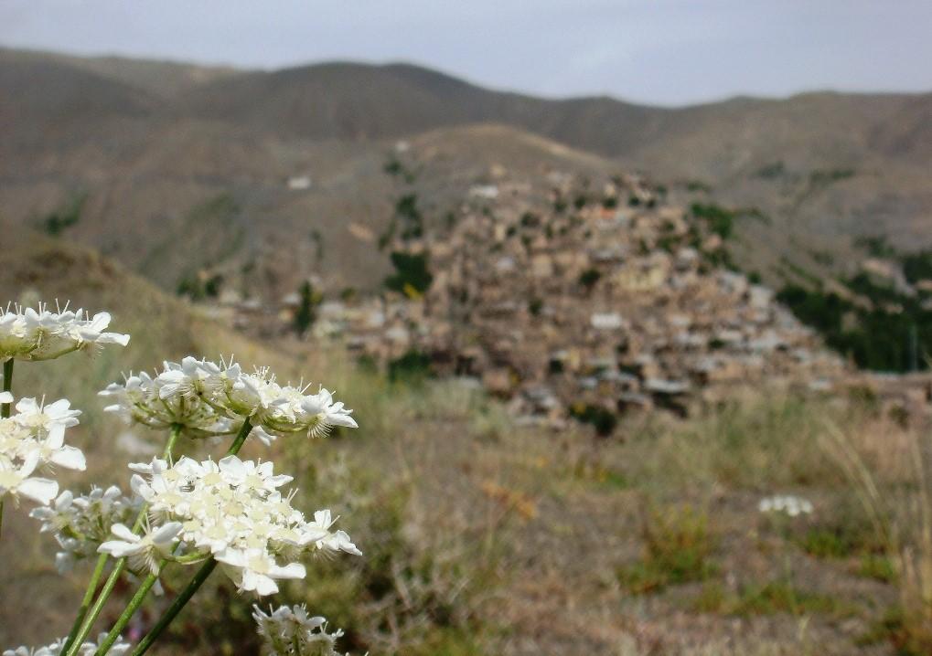 5- روستای کنگ، روستایی تاریخی و پلکانی در حوالی شهر مشهد
