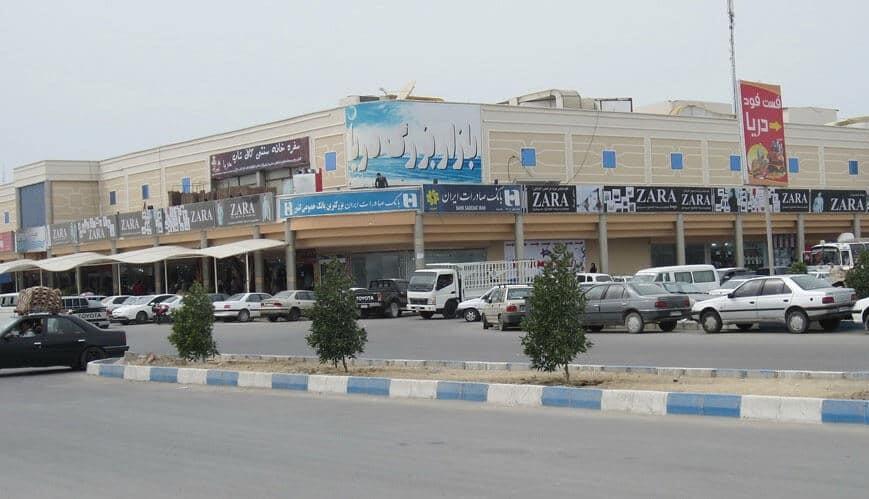 بازار دریا در بازار بزرگ درگهان در جزیره قشم