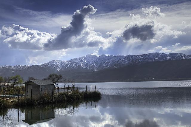 دریاچه زیبای زریوار در استان کردستان