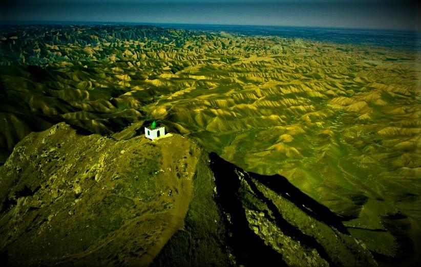 مقبره خالد نبی در ترکمن صحرا