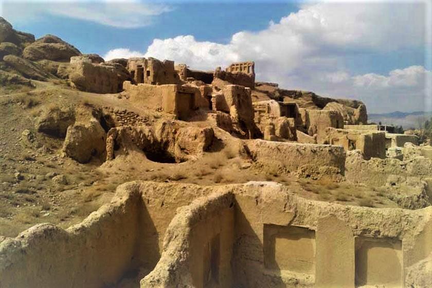 تپۀ آریاییها در حوالی شهر خوانسار