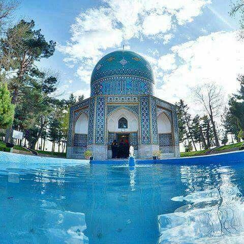 آرامگاه عطار نیشابوری در شهر فیروزهای نیشابور
