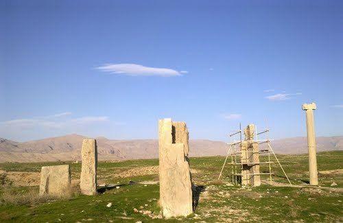 تخت طاووس یا شهر باستانی استخر در حوالی شهر شیراز؛ جاذبهای باستانی و ارزشمند