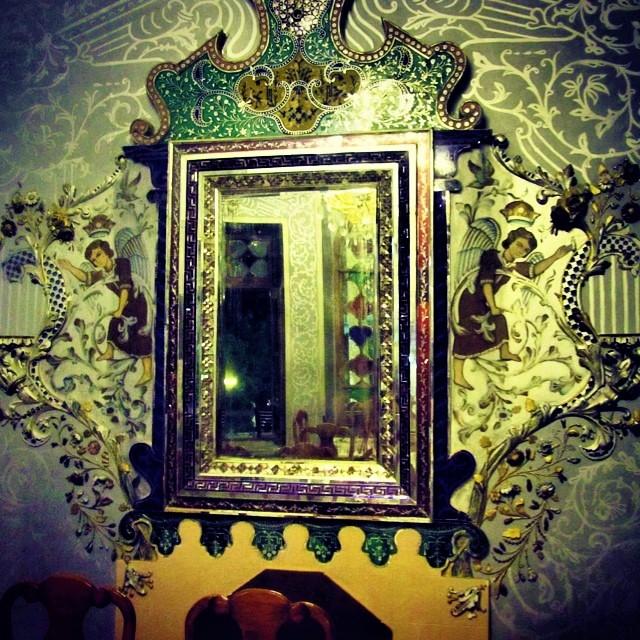 تزئینات داخلی در عمارت باشکوه شاپوری
