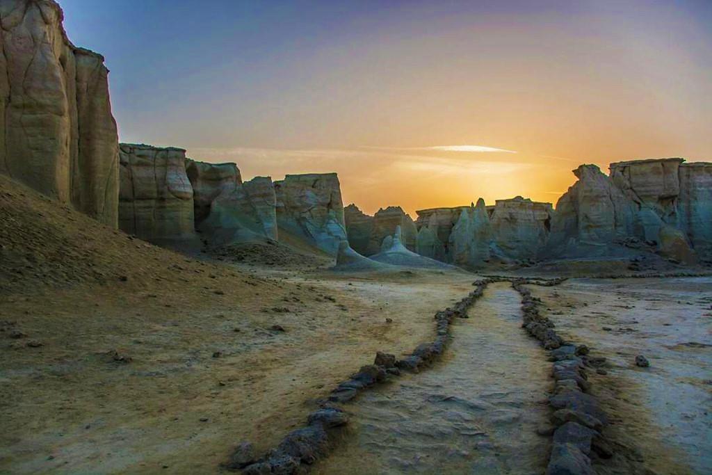 دره ستارگان در قشم ؛ شگفتی شگرف و تماشایی بر پهنۀ ایران زمین
