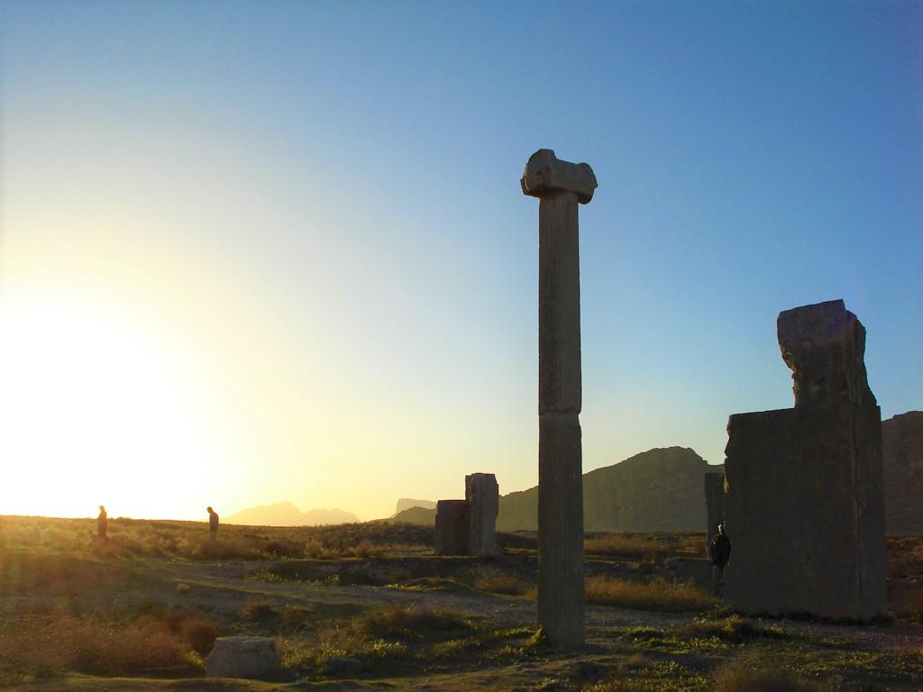 شهر باستانی استخر یا تخت طاووس ، جاذبهای ناب در حوالی شهر شیراز
