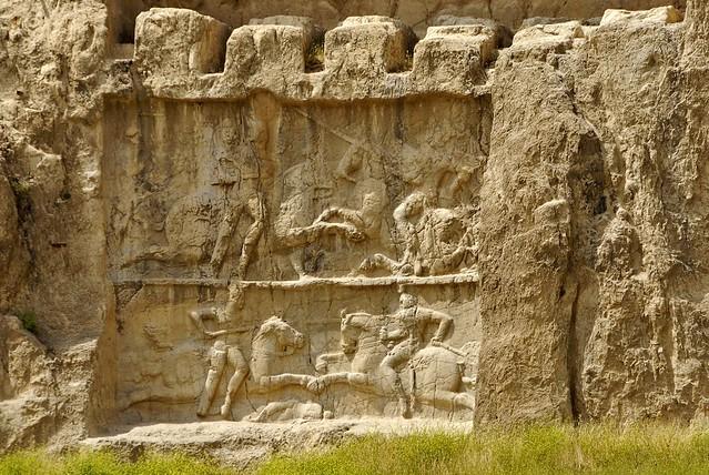 سنگنگارهای دارای دو تصویر از بهرام دوم ساسانی