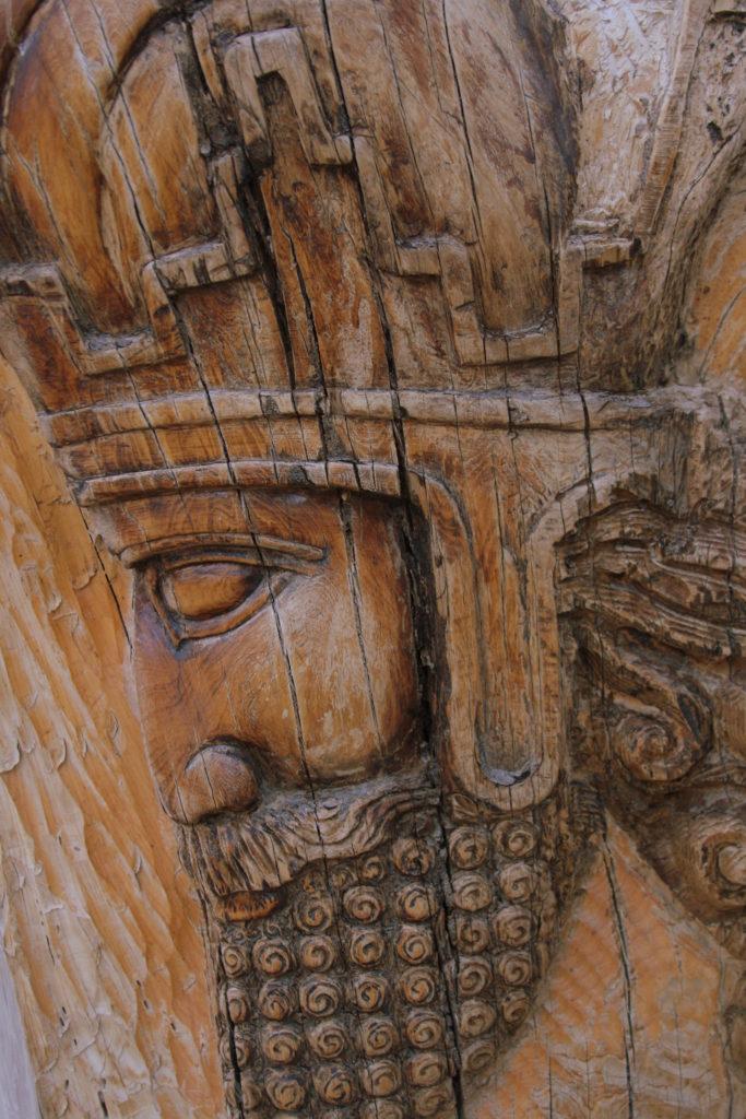 تزئینات هنرمندانه درشکوه و صلابت عمارت شاپوری، بنای باشکوه تاریخی، سرشار از نقش و نگار تماشایی