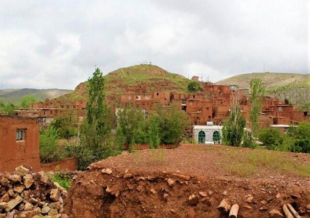 روستای دهسرخ، روستایی منحصر به فرد و تماشایی در حوالی شهر مشهد