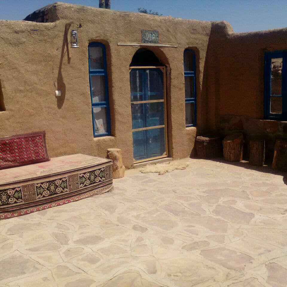 اقامتگاه بومگردی جاده ابریشم در روستای درخت سپیدار